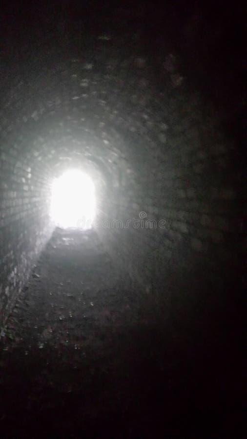 光在隧道尽头 图库摄影