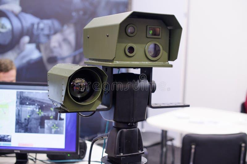 光学观察复合体包括夜视设备和热象仪 库存照片
