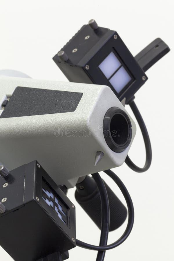 Download 光学仪器 库存照片. 图片 包括有 透镜, 仪器, 设备, 眼力, 测试, 空白, 视力测定, 验光师, 检查 - 30335850