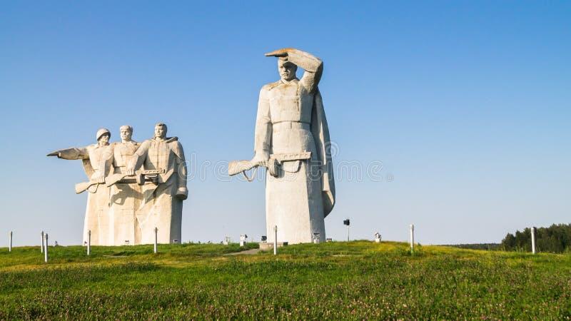 光彩的英雄的Panfilov分裂, Dubosekovo,莫斯科地区,俄罗斯的纪念品的片段 免版税库存照片