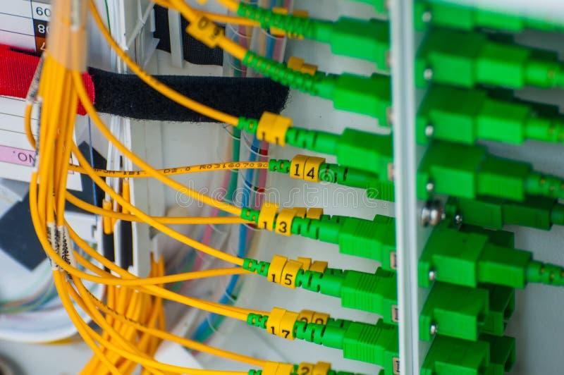 光纤和连接器 免版税库存图片