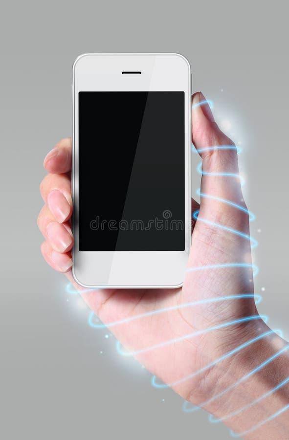 光纤缠绕在手附近 库存照片