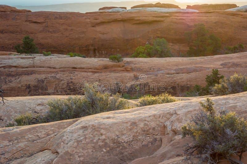 光滑的岩石层数在恶魔庭院里 免版税库存图片