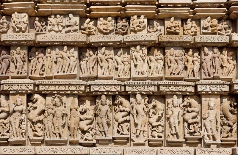 Download 克久拉霍被雕刻的背景有印度神和女神的 科教文组织遗产站点 库存图片 - 图片 包括有 地标, 印度教: 72366613