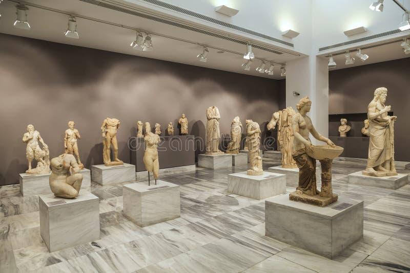 克利特希腊登陆了持续的飞机光芒星期日 考古学博物馆在伊拉克利翁 库存照片