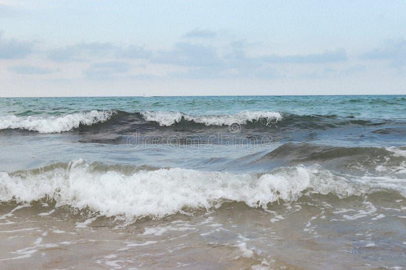 克利特的狂放的蓝色风雨如磐的海 库存图片