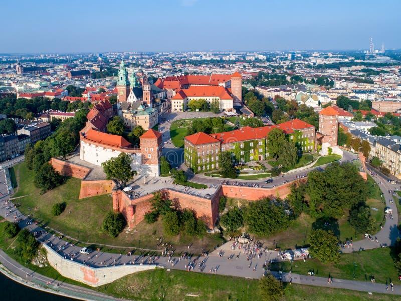 克拉科夫地平线,波兰,有Wawel小山、大教堂和城堡的 免版税图库摄影