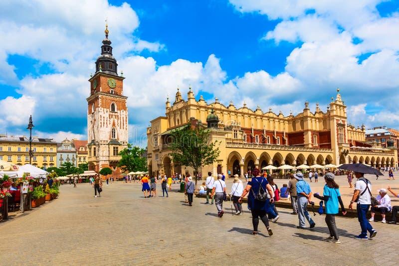 克拉科夫,波兰主要集市广场,城镇厅 免版税库存照片