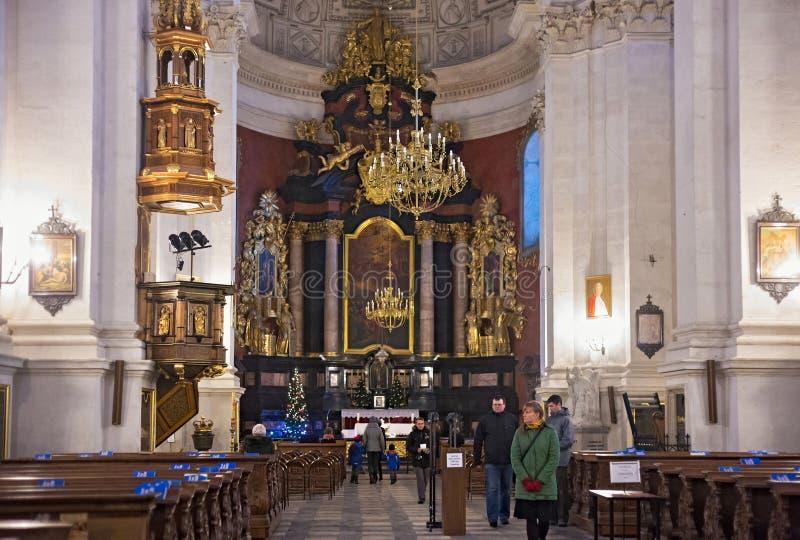 克拉科夫,波兰- 2015年1月01日:天主教圣伯多禄圣保禄教堂的内部看法  库存图片