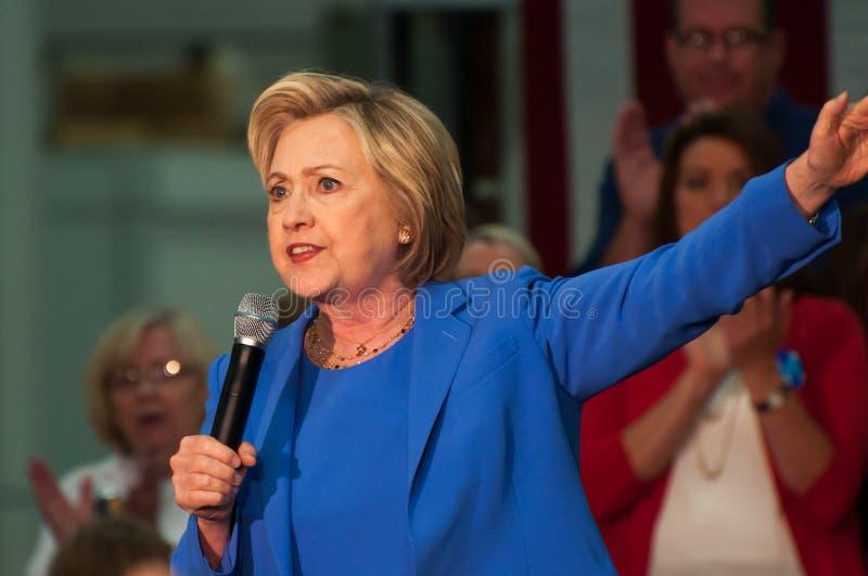 Download 克林顿・希拉里集会 编辑类图片. 图片 包括有 候选人, 状态, 总统, 政治, 肯塔基, 人群, 市场活动 - 72350435