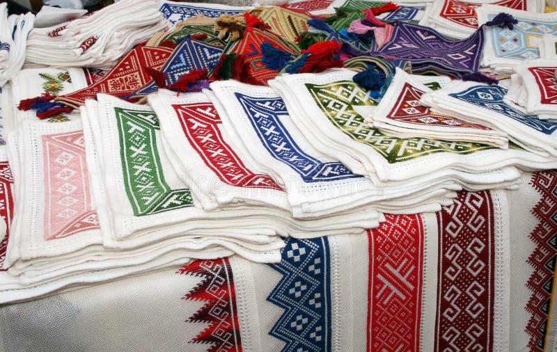 克罗地亚传统刺绣的纪念品 免版税库存图片