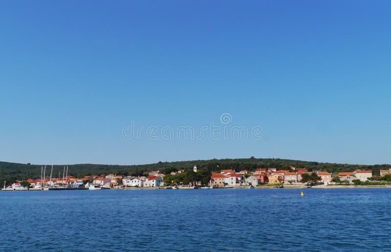 克罗地亚村庄Ilovik的看法 免版税库存图片