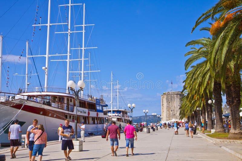 克罗地亚,特罗吉尔海散步 免版税图库摄影