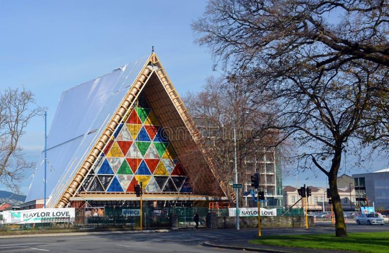 克赖斯特切奇地震改建-纸板大教堂被弄脏的Gl 库存图片
