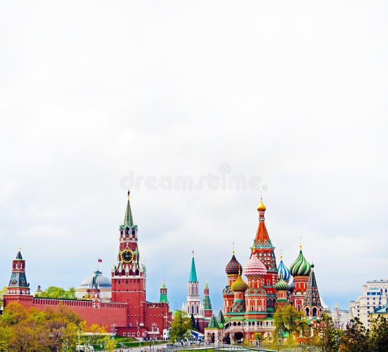 克里姆林宫、圣蓬蒿的大教堂和红场的看法 莫斯科中心 图库摄影