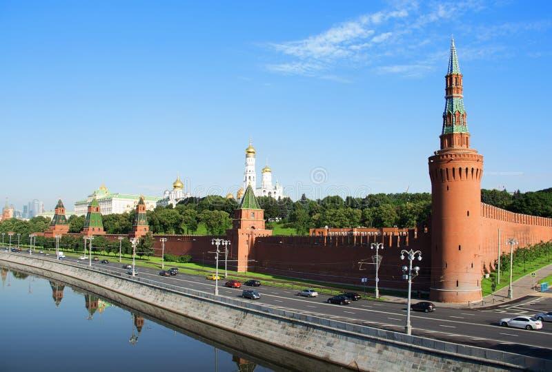 克里姆林宫莫斯科 克里姆林宫堤防和莫斯科河的Wiev 图库摄影