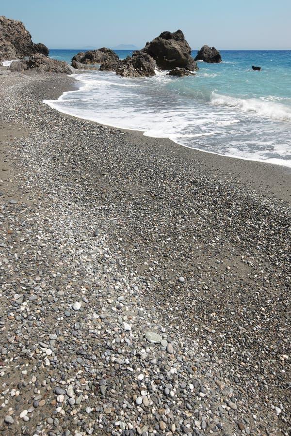 克里特岛人Pebble海滩 钓鱼地中海净海运金枪鱼的偏差 希腊 免版税图库摄影