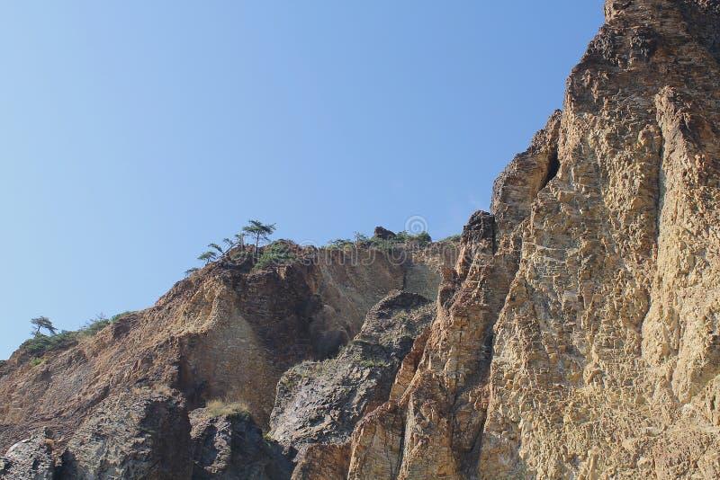 克里米亚半岛海岸的岩石海岸 库存图片