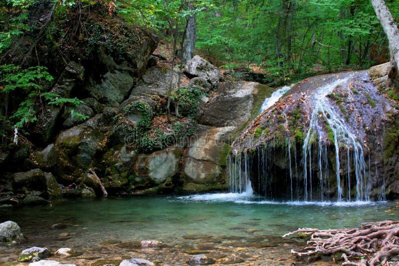 克里米亚半岛瀑布 免版税库存照片