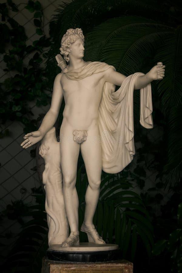 克里米亚沃龙佐夫宫殿大理石希腊上帝雕塑 免版税库存图片
