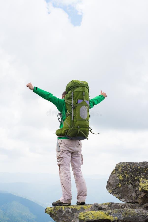克里米亚demerdji鬼魂愉快的远足者地标山乌克兰谷 免版税库存照片