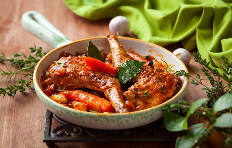 兔子炖煮的食物 免版税库存照片