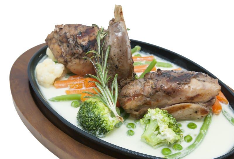兔子肉和土豆 免版税图库摄影