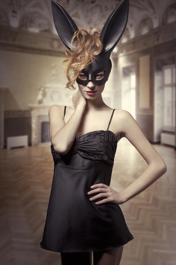 兔宝宝性感的复活节 免版税图库摄影