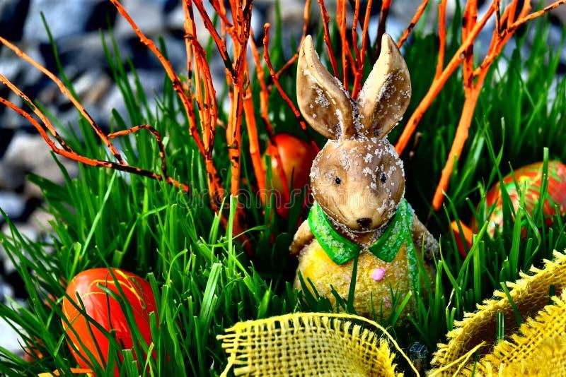兔宝宝愉快的复活节 免版税库存图片