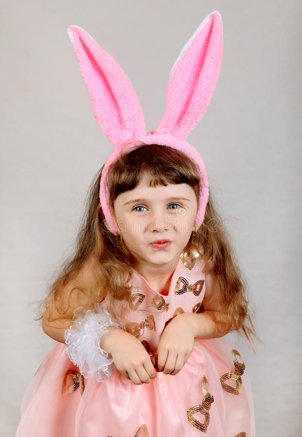 兔宝宝耳朵女孩一点 图库摄影