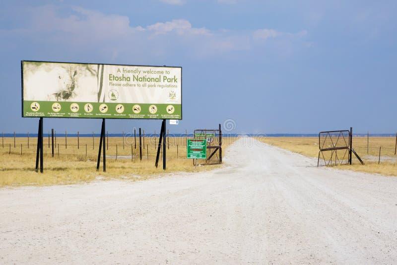 入口向埃托沙国家公园在纳米比亚 免版税库存照片