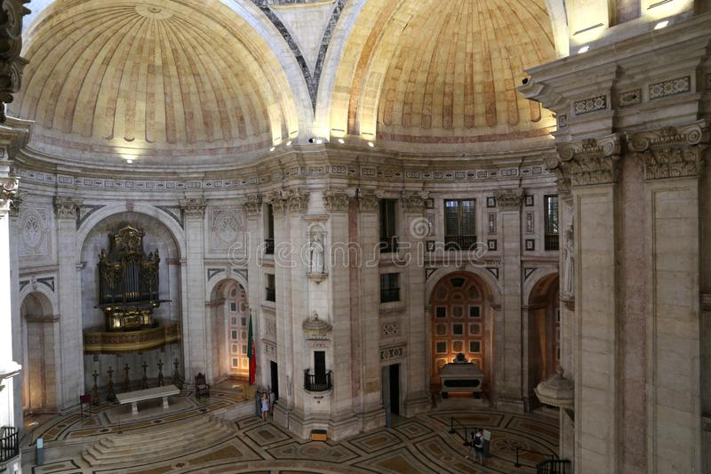 全国万神殿的内部在圣诞老人Engrà ¡ cia,里斯本教会里  库存图片