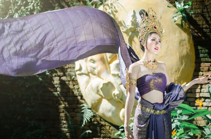 全国服装的泰国妇女 图库摄影