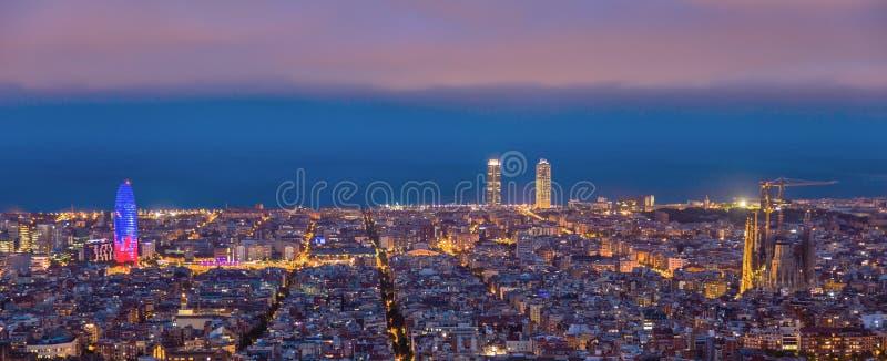 全景巴塞罗那的风景 库存图片