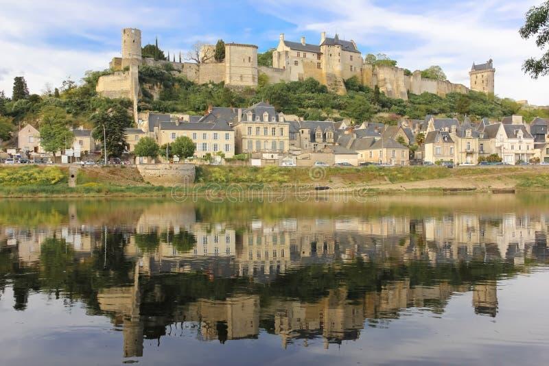 全景 城市视图和堡垒 希农 法国 库存图片