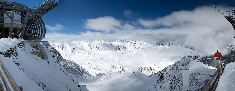 全景 滑雪场瑟尔登,阿尔卑斯的看法 免版税图库摄影