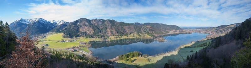 全景从监视点hohenwaldeck到湖schlierse 免版税图库摄影