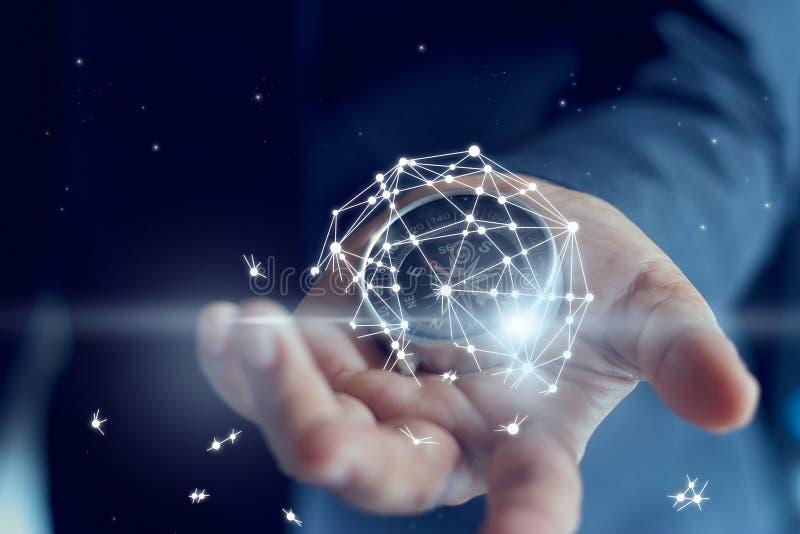 全球网络连接在手中显示的事务的失败 免版税图库摄影