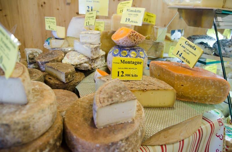 全部在地方乳酪商店的乳酪 免版税库存图片