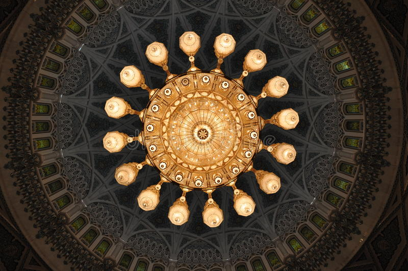全部巨大的色泽清真寺qaboos苏丹 免版税图库摄影