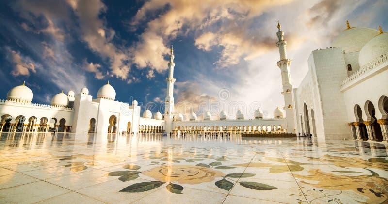 全部清真寺回教族长zayed 库存图片