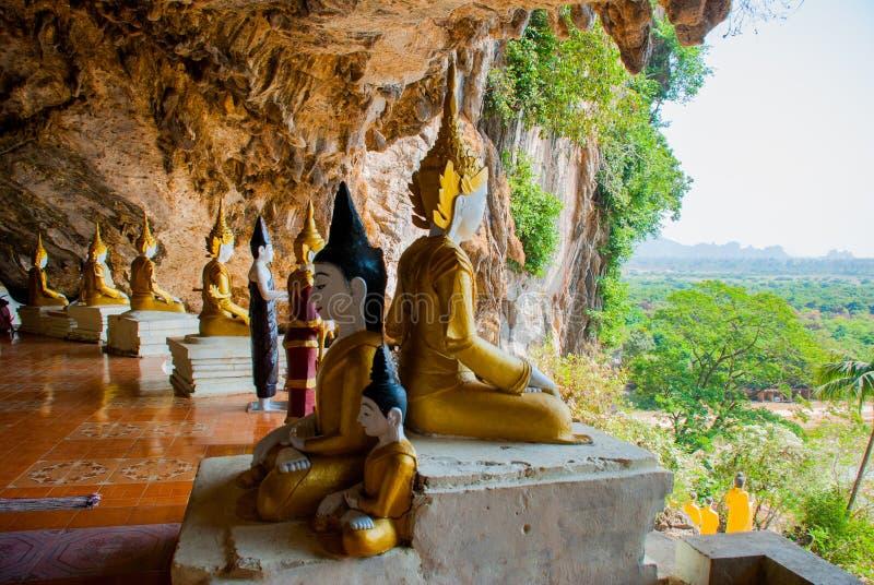 Download 全部Buddhas雕象惊人的看法和宗教雕刻在神圣的洞的石灰石岩石 Hpa-An,缅甸 缅甸 库存照片 - 图片 包括有 拱道, 王国: 72352814