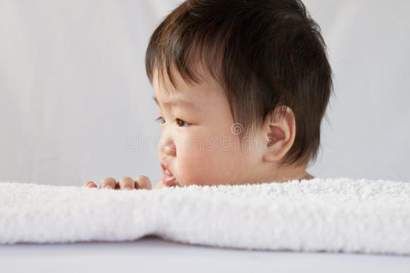 八个月的婴孩 免版税库存图片
