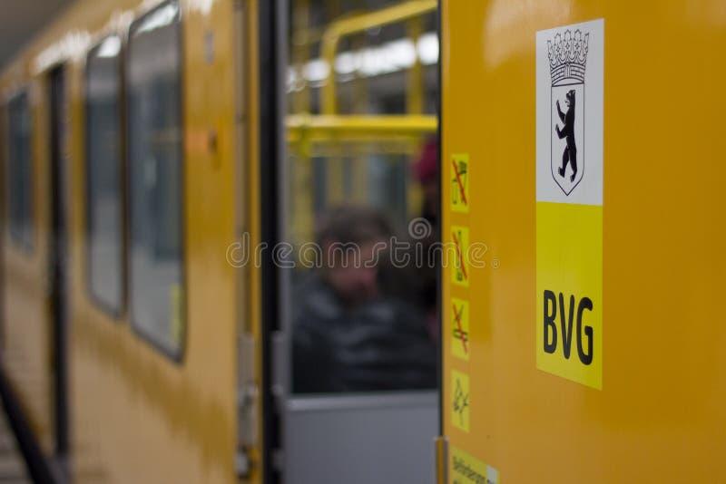 公共交通公司商标(BVG)的特写镜头 免版税库存图片
