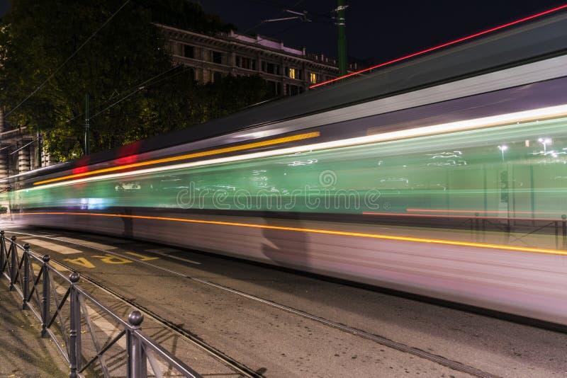 公共交通工具在米兰 免版税库存照片