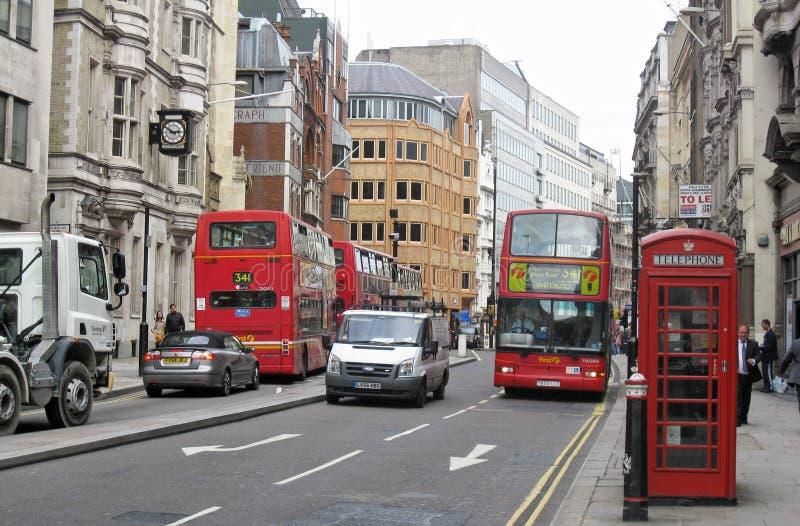 公共汽车伦敦红色出租汽车 免版税库存图片