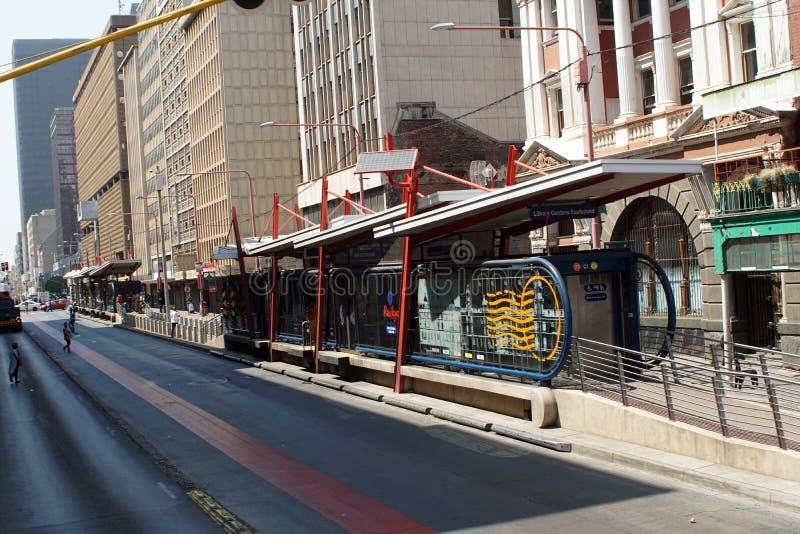 公共汽车站在中心商务区,约翰内斯堡,南非 图库摄影