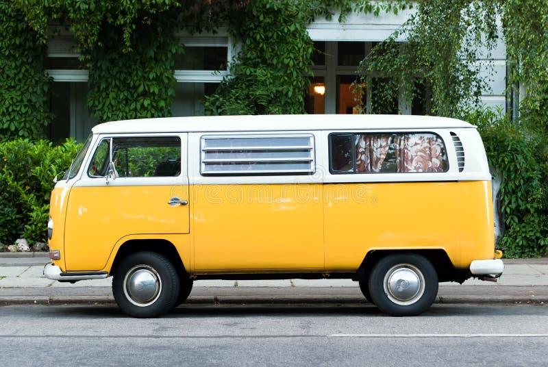 公共汽车黄色 免版税库存图片