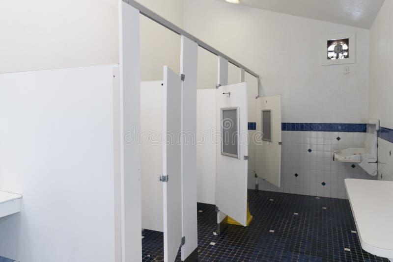 公共空间洗手间 免版税库存照片