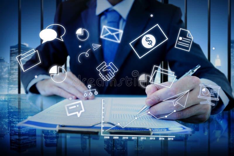 公司管理战略解答烙记的概念 免版税图库摄影